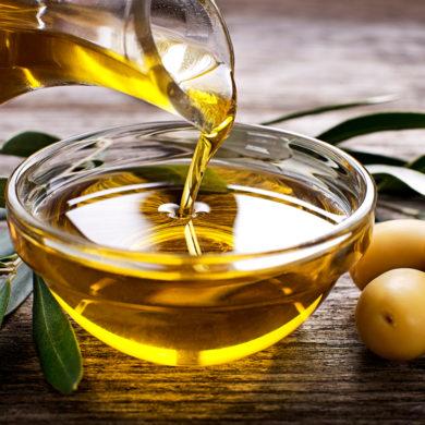 Der herbe und feinwürzige Charakter spanischer Oliven verleiht den Priorat-Olivenölen Ausgewogenheit und Charme. Erfahren Sie hier alles über die exzellenten Öle.