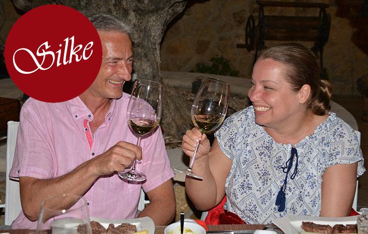 Wein vom Weingut Schmelz mit Freunden