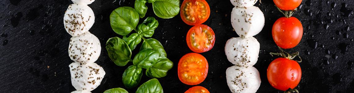 Tomaten, Basilikum und Mozzarella
