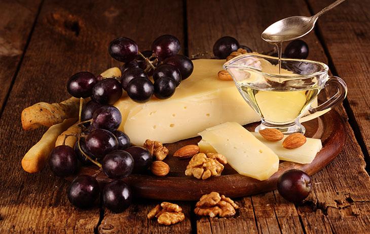Wein und Käse: Edamer – in Wachs gehüllte Tradition