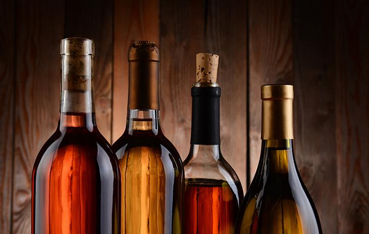 Wein von Discounter oder beim Spezialisten? Erfahren Sie hier in welche Preisklassen Wein eingestuft wird.